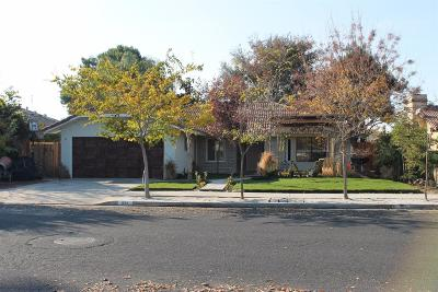 Madera Single Family Home For Sale: 824 Monocott Drive