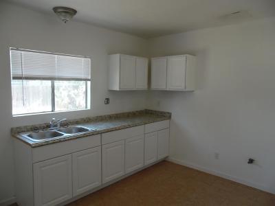 Fresno County Multi Family Home For Sale: 40 E San Joaquin Street