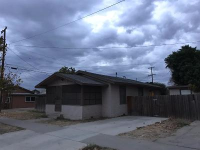 Dinuba Single Family Home For Sale: 434 E Fresno Street