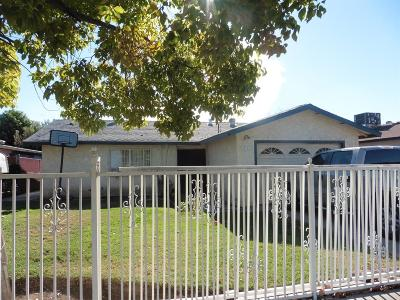 Fresno CA Single Family Home For Sale: $123,500