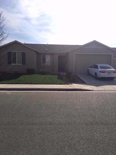 Single Family Home For Sale: 5380 E Belgravia Avenue