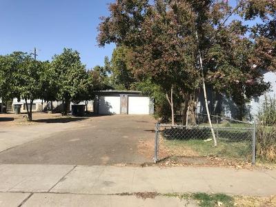 Fresno Single Family Home For Sale: 2301 E Lamona Avenue