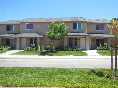 San Joaquin Condo/Townhouse For Sale: 8542 Aman #D
