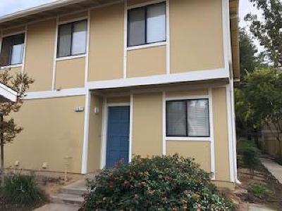 Fresno Condo/Townhouse For Sale: 4875 N Backer Avenue #157
