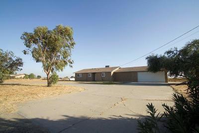 Lemoore CA Single Family Home For Sale: $232,000