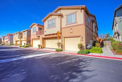 Clovis Condo/Townhouse For Sale: 2095 Boccioni Lane