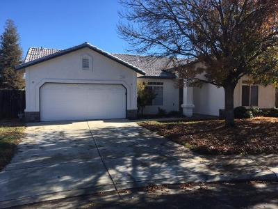 Selma, Kingsburg Single Family Home For Sale: 3710 Jacey