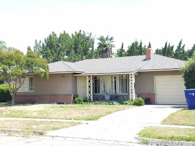 Single Family Home For Sale: 1542 N Fay Avenue