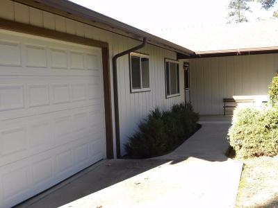 Oakhurst CA Single Family Home For Sale: $225,000