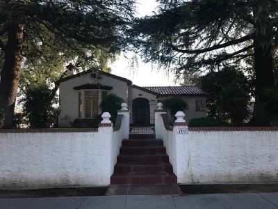 Clovis Single Family Home For Sale: 701 Pollasky Avenue