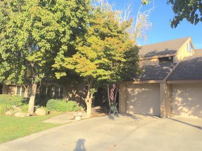 Kerman Single Family Home For Sale: 572 S Boyd Drive