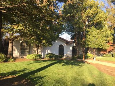 Fresno Single Family Home For Sale: 2712 W Stuart Avenue NW