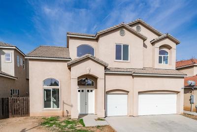 Fresno Single Family Home For Sale: 5289 N Ensanada Avenue