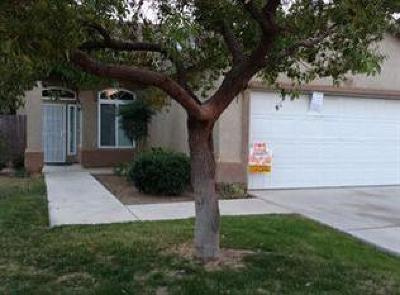 Fresno CA Single Family Home For Sale: $230,000