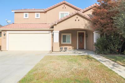 Visalia Single Family Home For Sale: 142 W Reese Avenue
