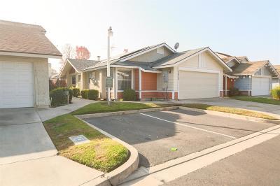 Visalia Single Family Home For Sale: 1429 E Sunnyview Avenue