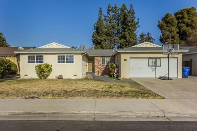 Clovis Single Family Home For Sale: 1755 Fairmont Avenue