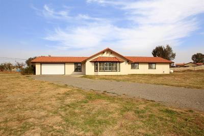 Madera CA Single Family Home For Sale: $299,500