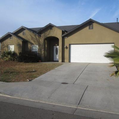 Reedley CA Single Family Home For Sale: $259,900