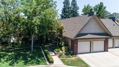 Fresno Single Family Home For Sale: 2555 W Bluff Avenue #156