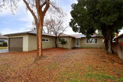 Clovis Single Family Home For Sale: 446 W Scott Avenue