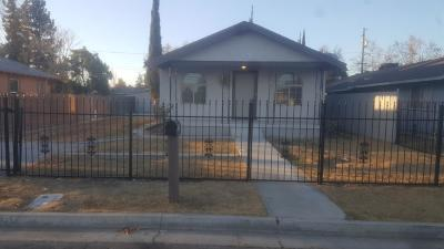 Madera Single Family Home For Sale: 909 E 6th Street