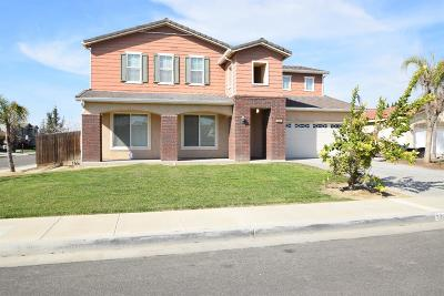 Hanford Single Family Home For Sale: 2268 Charlie Chambers Drive