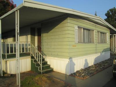 Dinuba Mobile/Manufactured For Sale: 581 N Crawford Avenue #32