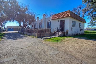 Madera Single Family Home For Sale: 24172 Avenue 14