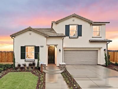 Clovis Single Family Home For Sale: 2626 Griffith Ave