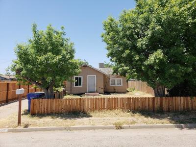 Orange Cove Single Family Home For Sale: 215 8th Street