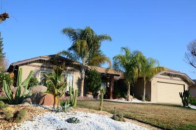 Reedley Single Family Home For Sale: 766 E Kippatrick Drive