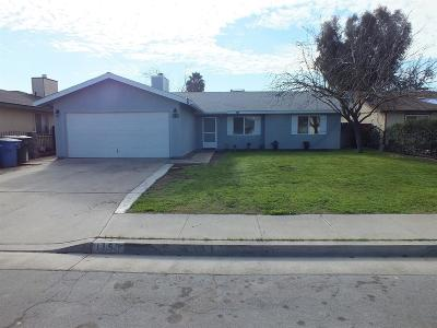 Hanford Single Family Home For Sale: 1153 Lombard Street