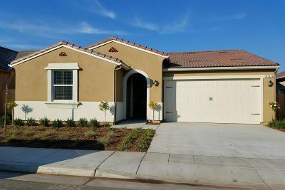 Clovis Single Family Home For Sale: 3873 Sussex Avenue