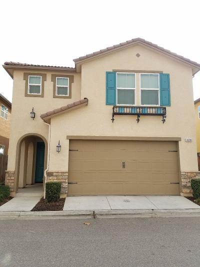 Clovis Single Family Home For Sale: 3636 Richmond Avenue