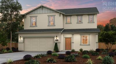 Fresno Single Family Home For Sale: 6813 W Parr Avenue #79