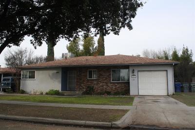 Fresno Single Family Home For Sale: 2831 E Shields Avenue