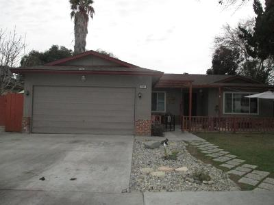 Fresno Single Family Home For Sale: 3363 W Celeste Avenue