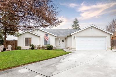 Kerman Single Family Home For Sale: 14287 W Sheri Street