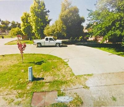 Kings County Single Family Home For Sale: 17739 Iona Avenue