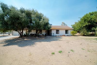 Madera CA Single Family Home For Sale: $320,000