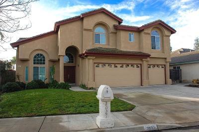 Single Family Home For Sale: 2027 E Cole Avenue
