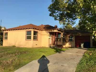 Single Family Home For Sale: 1534 N Fruit Avenue