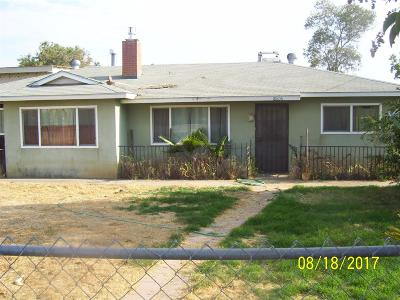 Reedley CA Single Family Home For Sale: $195,000