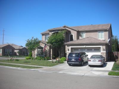 Single Family Home For Sale: 2586 S Bundy Drive