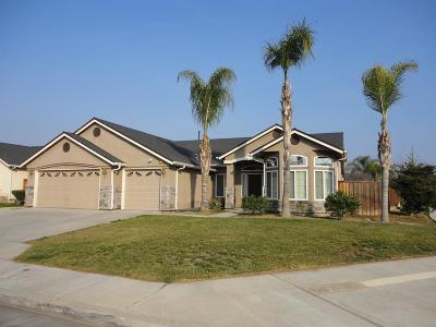 Dinuba Single Family Home For Sale: 520 Vernazza Avenue
