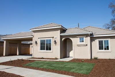 Visalia Single Family Home For Sale: 6510 W Lark Court