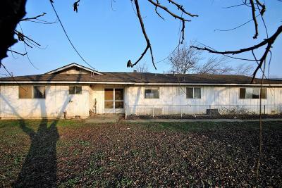 Fresno Single Family Home For Sale: 2862 N De Wolf Avenue