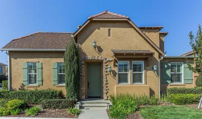 Clovis Single Family Home For Sale: 3871 Moody Lane