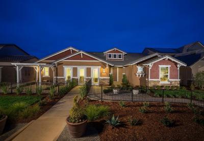 Clovis Single Family Home For Sale: 3245 Lexington Avenue